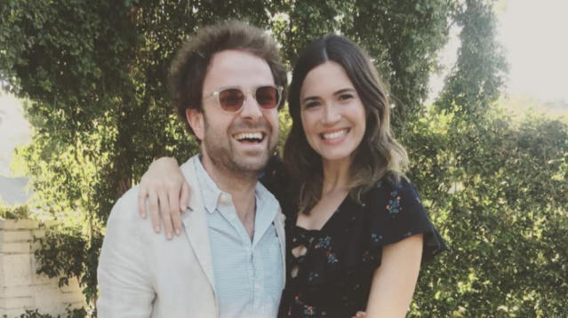 Mandy Moore and her boyfriend, Dawes musician Taylor Goldsmith, are engaged!