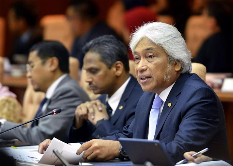 BNM governor Datuk Muhammad Ibrahim speaks during a press conference in Kuala Lumpur May 17, 2018. ― Picture by Ham Abu Bakar