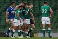 Ireland captain Johnny Sexton believes if there is one team who can secure a bonus point win over France and as a result lift the Six Nations trophy it is the Irish