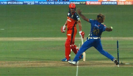 Lasith Malinga's no ball that was missed by umpire in IPL 2019