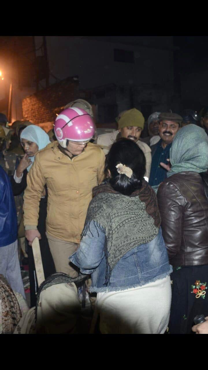 The Uttar Pradesh Police chased and struck protesting women after breaking up an anti-CAA protest in Etawah on the intervening night of 21 and 22 January, 2020. (Photo: Courtesy: Etawah's women protesters. )