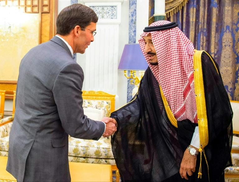 """Saudi King Salman bin Abdulaziz (R) met with US Defense Secretary Mark Esper in Riyadh to discuss """"military and defence cooperation"""" after Washington ordered thousands of soldiers to the kingdom"""