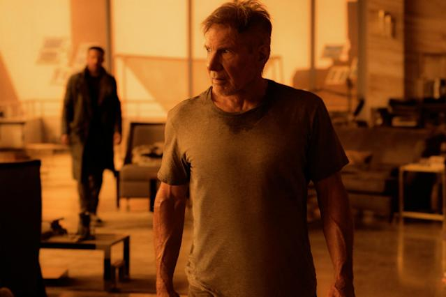Ryan Gosling (left) and Harrison Ford in <em>Blade Runner 2049</em> (Photo: Warner Bros.)