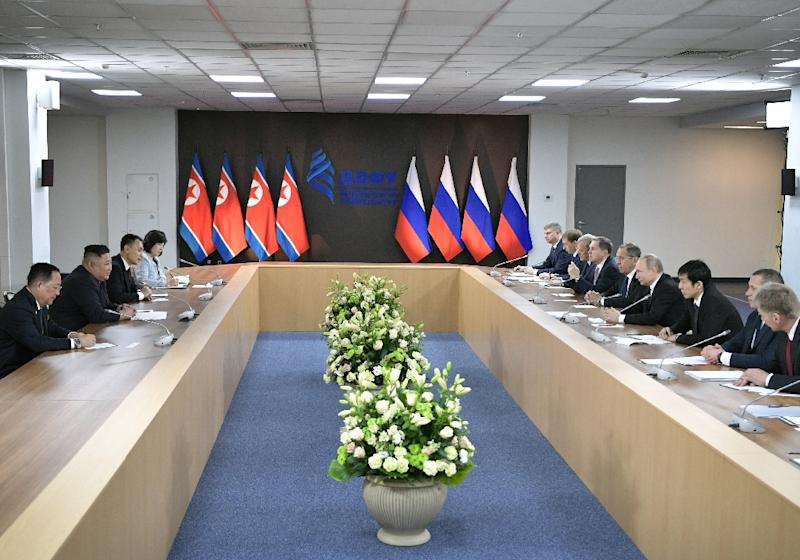 Russian President Vladimir Putin, North Korean leader Kim Jong Un and members of their delegations hold formal talks (AFP Photo/Alexey NIKOLSKY)