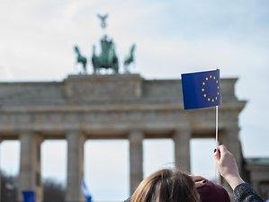 """March for Europe"": Tausende demonstrieren für ein geeintes Europa"