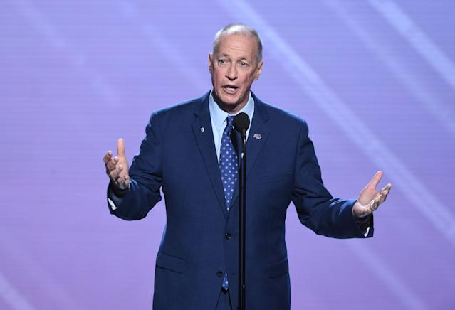 Former NFL quarterback Jim Kelly and his wife announced that his most recent scan came back cancer-free. (AP)