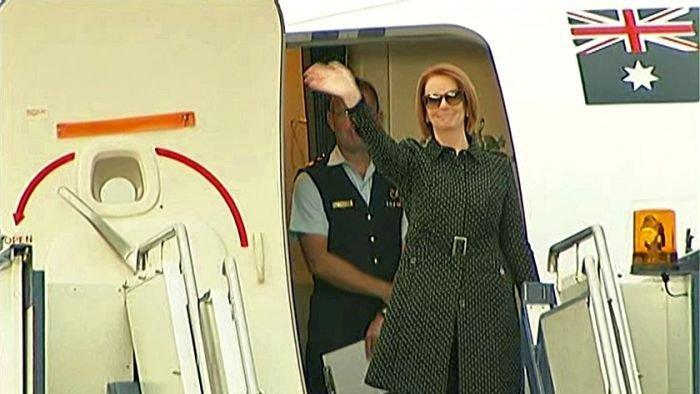 Gillard embarks on Chinese trade mission