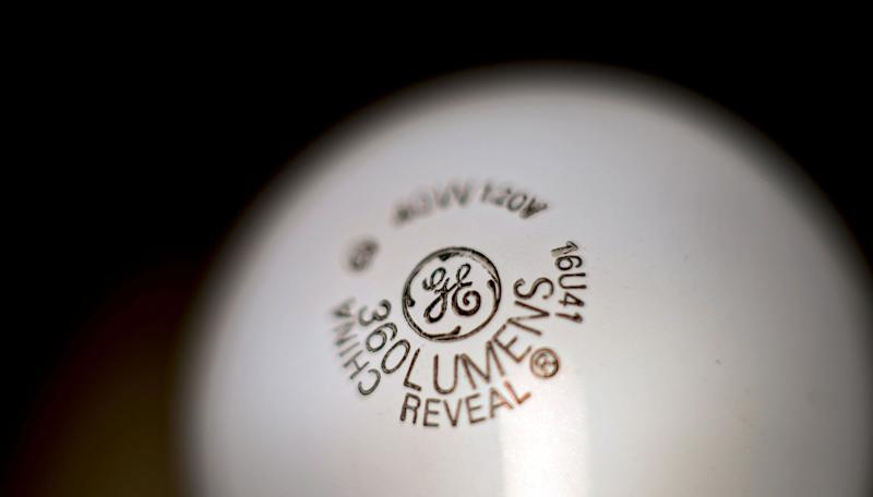 GE Plans 12,000 Job Cuts as New CEO Revamps Power Unit