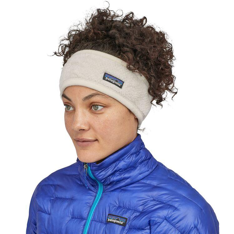"""<p><strong>Patagonia</strong></p><p>patagonia.com</p><p><strong>$25.00</strong></p><p><a href=""""https://go.redirectingat.com?id=74968X1596630&url=https%3A%2F%2Fwww.patagonia.com%2Fproduct%2Fwomens-re-tool-fleece-headband%2F22250.html&sref=http%3A%2F%2Fwww.prevention.com%2Flife%2Fg27043004%2Fbest-gifts-for-mom%2F"""" target=""""_blank"""">Shop Now</a></p><p>Keep mom walking strong through winter with a headband to keep her ears warm and cozy (hats, in my opinion, get complicated with lots of hair!). From Patagonia, this pick is made with 51% recycled material, so you can feel extra good about it. </p>"""