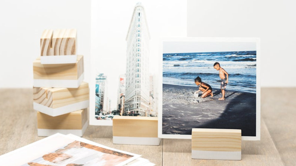 Best photo gifts of 2020: Dipped Place Card Holders