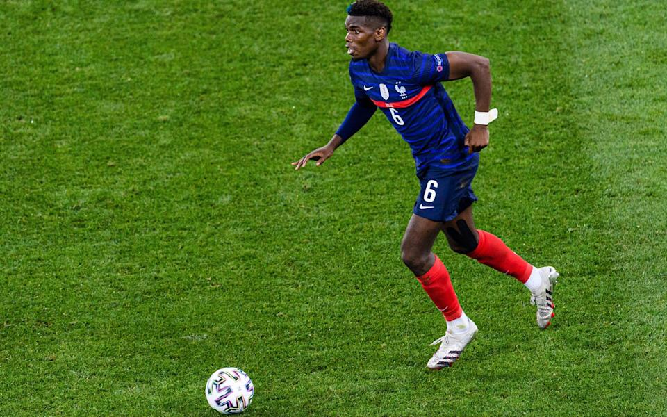 Manchester United expect formal approach for Paul Pogba from Paris Saint-Germain this transfer window - Marcio Machado /Getty Images Europe