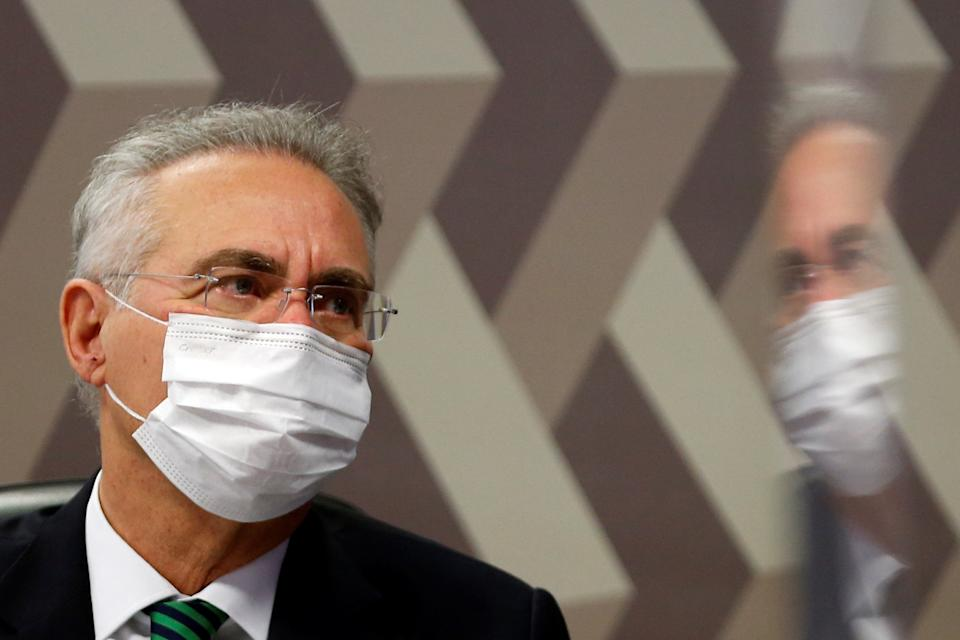 Brazilian Senator Renan Calheiros looks on during a meeting of the Parliamentary Inquiry Committee (CPI) to investigate government actions and management during the coronavirus disease (COVID-19) pandemic, at the Federal Senate in Brasilia, Brazil June 10, 2021. REUTERS/Adriano Machado