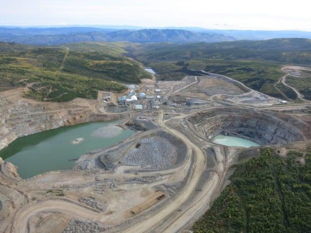 Capstone Mining's Minto mine in Yukon, summer 2015. The Yukon government is working with the NDP to develop and implement new mining legislation.  (Capstone Mining Corp. - image credit)
