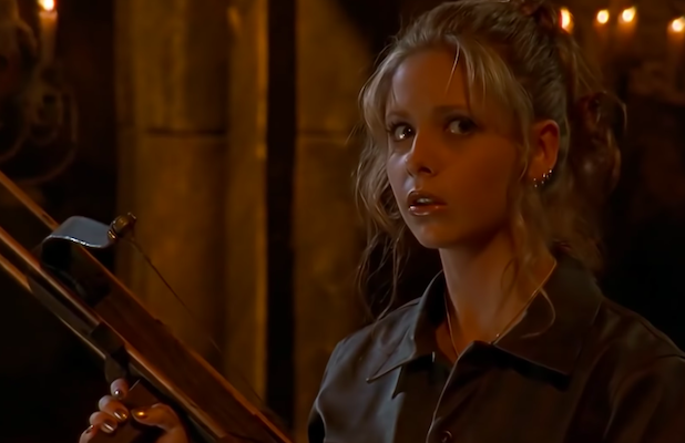 Sarah Michelle Gellar Plays Dress-Up With Iconic 'Buffy the Vampire Slayer' Costume (Photo)