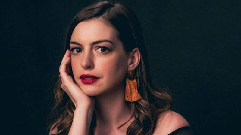 Anne Hathaway may sign a film with