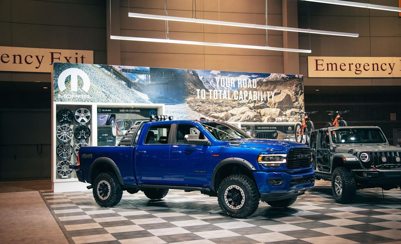 <p>Mopar used a Big Horn trim crew-cab, short-bed model as the canvas, clad in a coat of Blue Streak paint. </p>