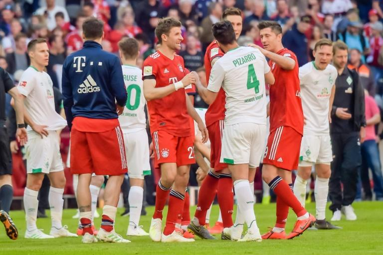 Bremen's Claudio Pizarro will be reunited with former team mates when his side host Bayern in the German Cup semi-final on Wednesday