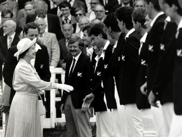 British Royalty, Sport, pic: 25th July 1986, HM Queen Elizabeth II meets members of the touring New Zealand cricket team at Lord's prior to the 1st Test Match against England  (Photo by Popperfoto/Getty Images)
