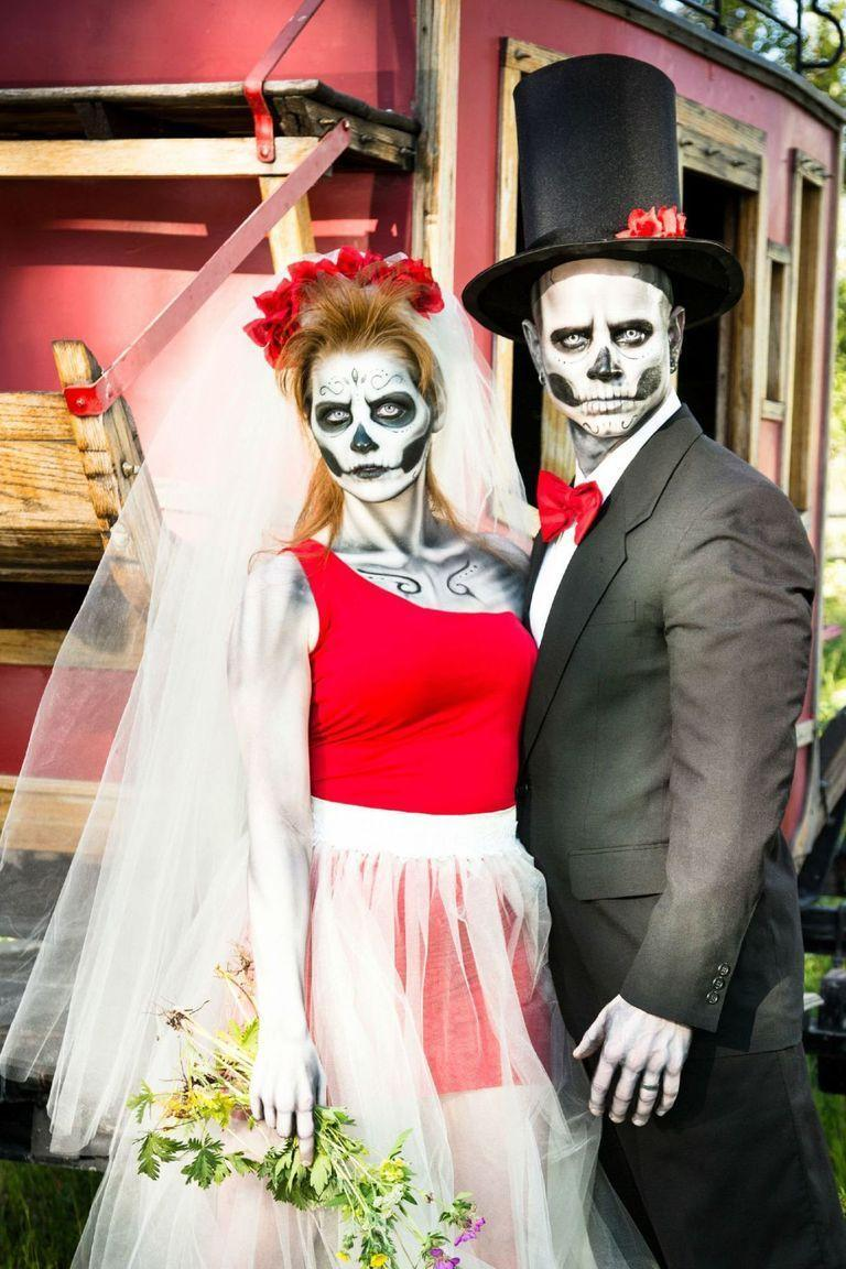 """<p>If dressing up as a classic bride and groom is too close to home, pair skeleton makeup with any formal attire for a Halloween-ready look.</p><p><a class=""""link rapid-noclick-resp"""" href=""""https://www.amazon.com/Mehron-Tri-Color-Halloween-Palette-Skeleton/dp/B000LNGBN6/?tag=syn-yahoo-20&ascsubtag=%5Bartid%7C10055.g.33300823%5Bsrc%7Cyahoo-us"""" rel=""""nofollow noopener"""" target=""""_blank"""" data-ylk=""""slk:SHOP SKELETON MAKEUP"""">SHOP SKELETON MAKEUP</a></p>"""