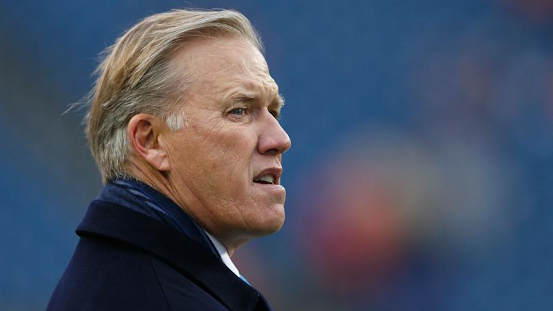 'Embarrassed' John Elway won't make in-season Broncos coaching change