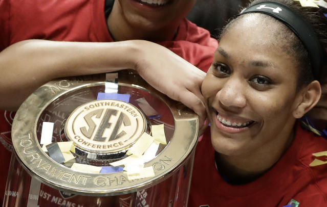 Will A'ja Wilson and South Carolina claim another national title? They'll have to go through the Huskies this year if so. (AP)