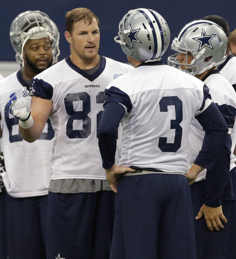 Witten not same old leader for younger Cowboys