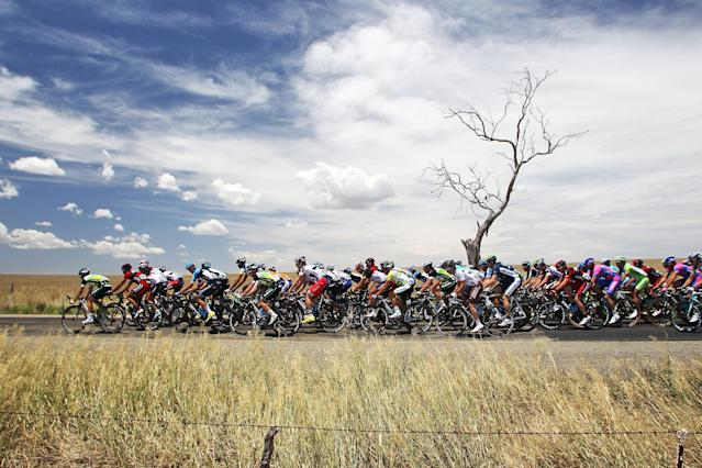 ADELAIDE, AUSTRALIA - JANUARY 17: (EDITORS NOTE: A polarizing filter was used for this image.) Riders compete on the road between Templers and Freeling in South Australia during stage one of the 2012 Tour Down Under on January 17, 2012 in Adelaide, Australia. (Photo by Morne de Klerk/Getty Images)