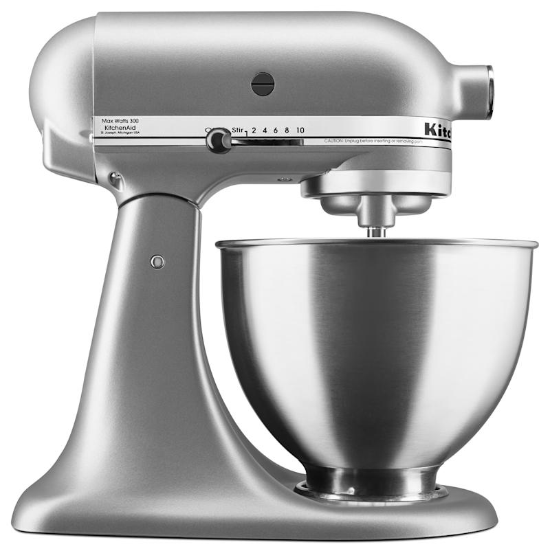 The power hub on this mixer has the ability to take on 10 different attachments from food grinders to pasta makers. (Photo: Walmart)
