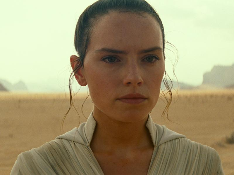 "Daisy Ridley als Rey in ""Star Wars: Der Aufstieg Skywalkers"" (Bild: 2019 ILM and Lucasfilm Ltd.)"