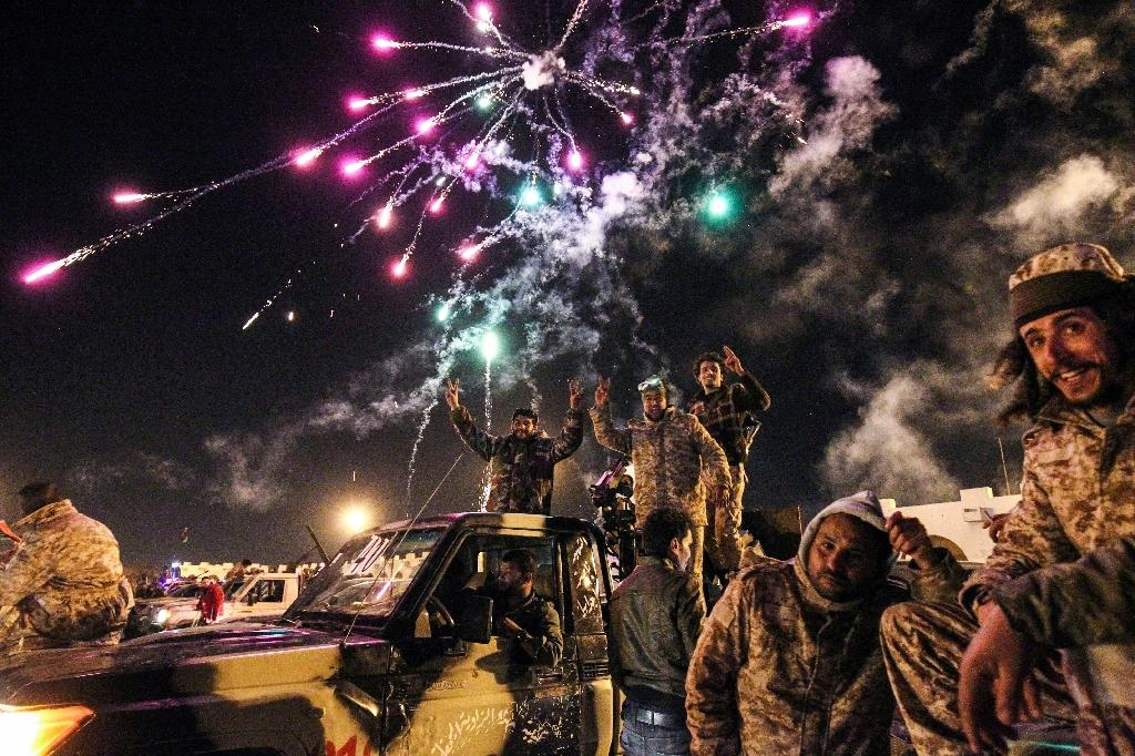 Libyans take part in a celebration with fireworks marking the sixth anniversary of the Libyan revolution, which toppled strongman Moamer Kadhafi, in Benghazi on February 17, 2017 (AFP Photo/Abdullah DOMA)