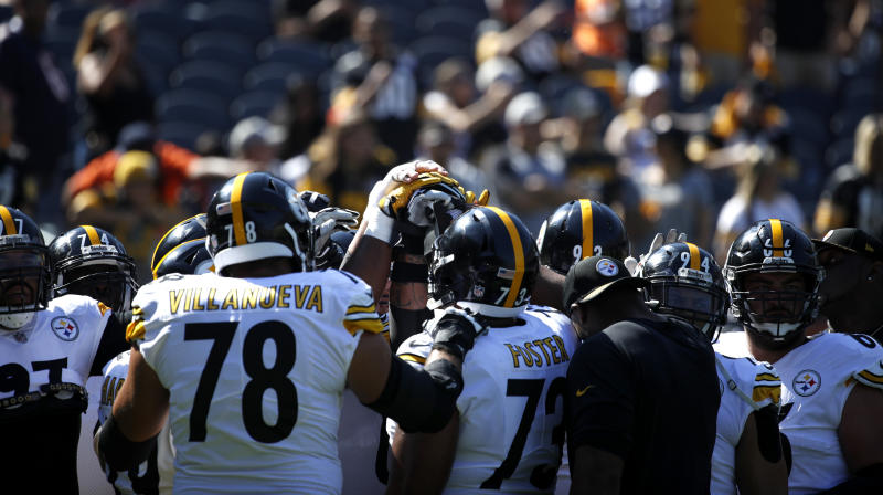 The Pittsburgh Steelers huddle up during warm-ups prior to the game against the Chicago Bears at Soldier Field on Sept. 24, 2017 in Chicago, Illinois. (Joe Robbins/Getty Images)