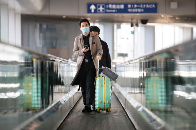 Business travel sector to lose $820 billion in revenue on coronavirus hit - industry group
