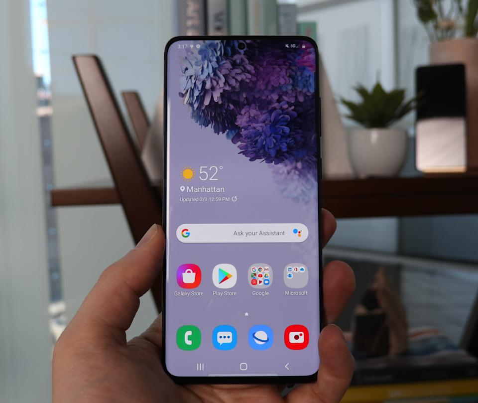 The Samsung Galaxy S20 line is the first to come with 5G connectivity across the board. (Image: Howley)