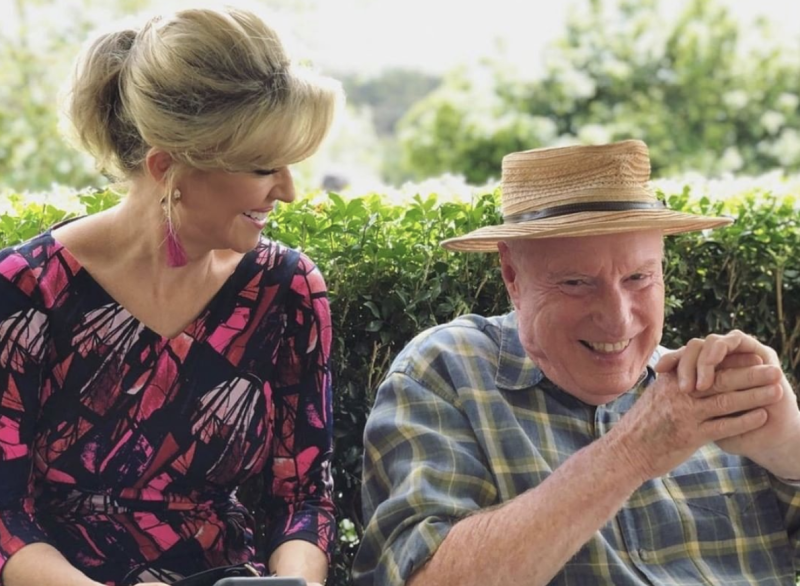 Long-time stars Emily Symons (Marilyn Chambers) and Ray Meagher (Alf Stewart) share a laugh on set. Photo: Channel 7.
