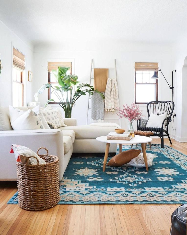 """<p>Being able to actually <em>see</em> furniture and wall art in your space before bringing them home from the store or hitting """"confirm order"""" online would save so much time. And while some stores have cool gadgets to make it a bit easier for you (like <a href=""""https://www.housebeautiful.com/lifestyle/a22000705/walmart-shop-room-tool/"""" target=""""_blank"""">Walmart's shop the room tool</a>), nothing's foolproof, so having the ability to exchange things is<em> absolutely</em> necessary. </p><p>Thankfully, most of your favorite home stores have pretty flexible return policies. To pull one out of the bunch, <a href=""""https://www.housebeautiful.com/lifestyle/organizing-tips/g3101/ikea-storage-hacks/"""" target=""""_blank"""">IKEA</a>'s is quite simply a dream...and <a href=""""https://www.housebeautiful.com/shopping/best-stores/a23740760/target-best-days-to-shop-deals/"""" target=""""_blank"""">Target</a>? Well, theirs isn't half bad either. Needless to say, you don't have to worry so much the next time you bring home a rug that's too small for your room or a <a href=""""https://www.housebeautiful.com/shopping/furniture/g1056/best-rocking-chairs-furniture-0411/"""" target=""""_blank"""">chair</a> that looks too bulky next to your <a href=""""https://www.housebeautiful.com/lifestyle/gardening/a21753784/how-to-keep-fiddle-leaf-fig-plant-alive/"""" target=""""_blank"""">fiddle leaf fig tree</a>. Save yourself the headache and pin the below chart for your future reference—and, of course, read on for more info on each store's return policies. </p>"""