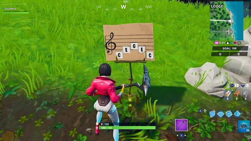 Fortnite Oversized Piano