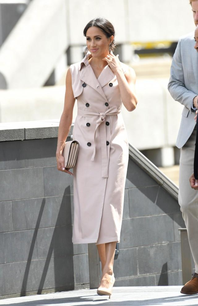 Meghan Markle pink trench dress