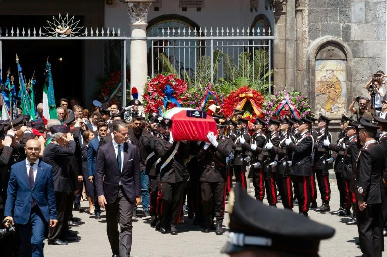 The funeral of the slain Carabinieri officer Mario Cerciello Rega drew a huge crowd and was shown live on television (AFP Photo/Eliano IMPERATO)