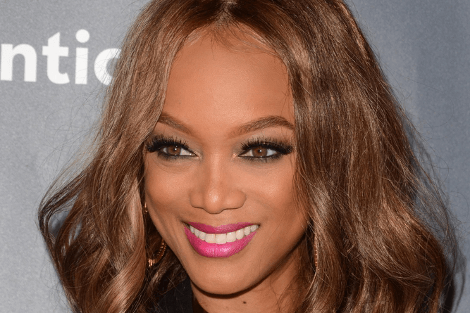 Sometimes it seems like supermodels are a different breed of humans with their flawless ensembles and luxurious trips. However, Tyra Banks is bringing us ...