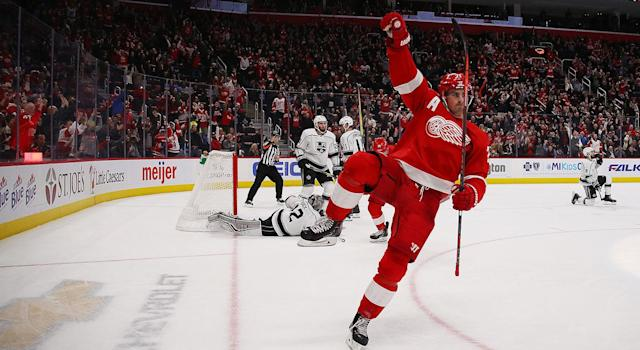 "The <a class=""link rapid-noclick-resp"" href=""/nhl/teams/det"" data-ylk=""slk:Red Wings"">Red Wings</a> have been playing some good hockey lately, but they're still a bad hockey team. (Photo by Gregory Shamus/Getty Images)"