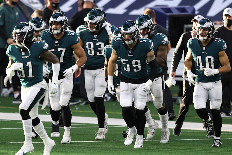 ARLINGTON, TEXAS - DECEMBER 27: The Philadelphia Eagles take the field in the first half against the Dallas Cowboys at AT&T Stadium on December 27, 2020 in Arlington, Texas. (Photo by Ronald Martinez/Getty Images)