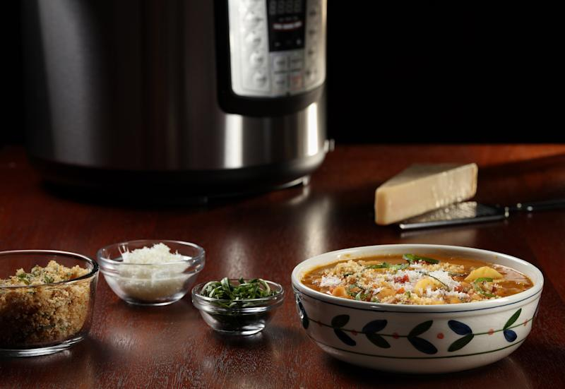Pasta fagioli comes together all in one pot, with the beans, pasta and flavoring elements (like aromatic vegetables and tomatoes) cooking together. (Abel Uribe/Chicago Tribune/TNS via Getty Images)