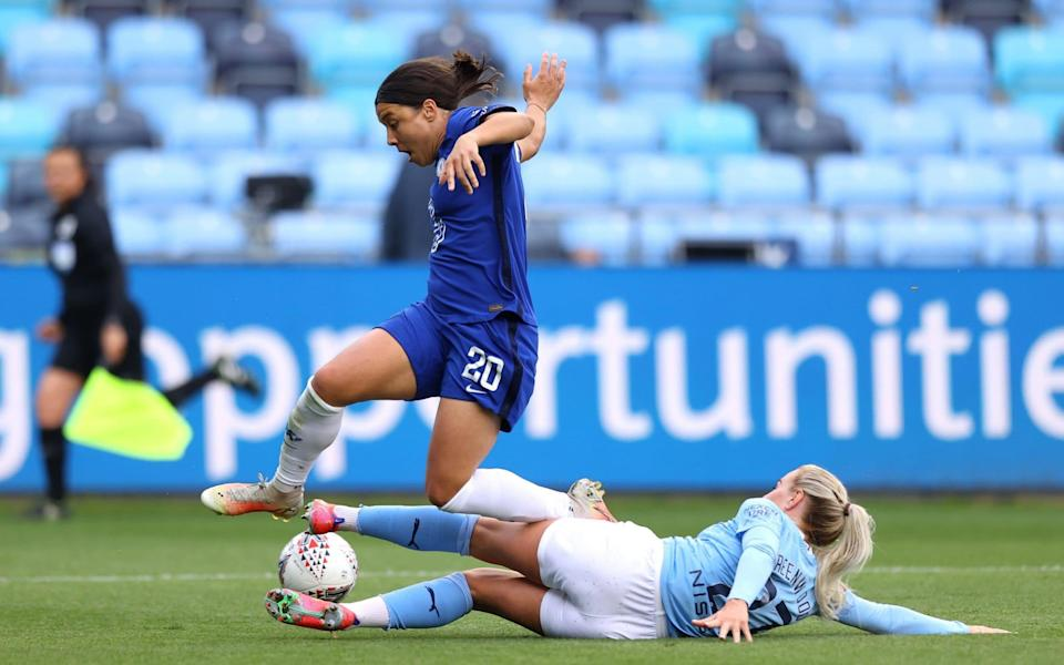 Women's Super League 2020/21 final day: Chelsea close in on title, but will Man City pip them at the post? - Getty Images