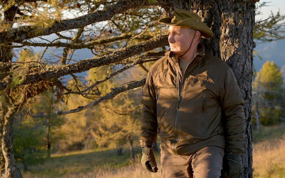 Russian President Vladimir Putin spends a short vacation at an unknown location in Siberia, Russia, in this undated photo taken in September 2021 and released September 26, 2021. Sputnik/Alexei Druzhinin/Kremlin via REUTERS  ATTENTION EDITORS - THIS IMAGE WAS PROVIDED BY A THIRD PARTY.