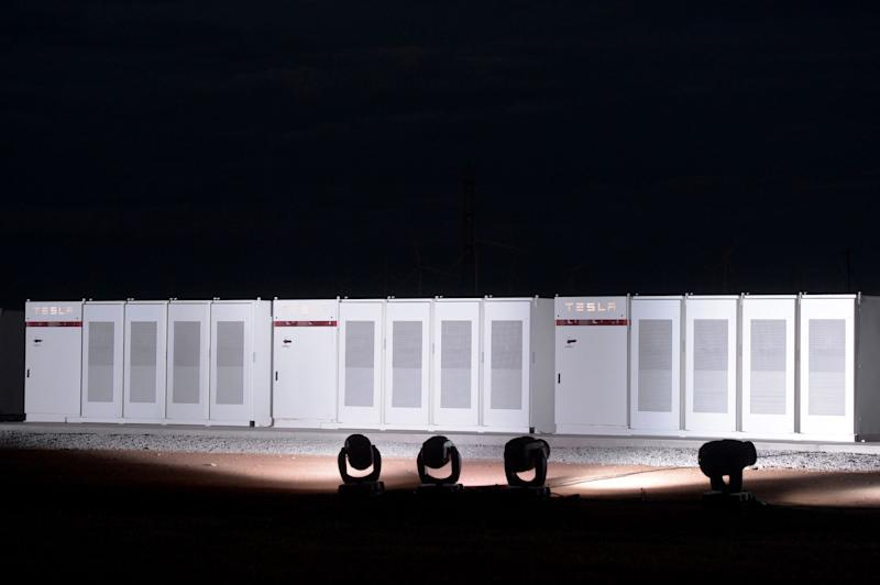 Tesla Set to Bulk Up the World's Largest Lithium-Ion Battery