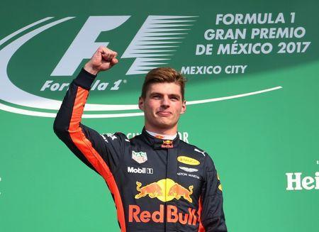 F1 - Formula 1 - Mexican Grand Prix 2017 - Mexico City, Mexico - October 29, 2017 Red Bull's Max Verstappen celebrates after winning the race REUTERS/Edgard Garrido