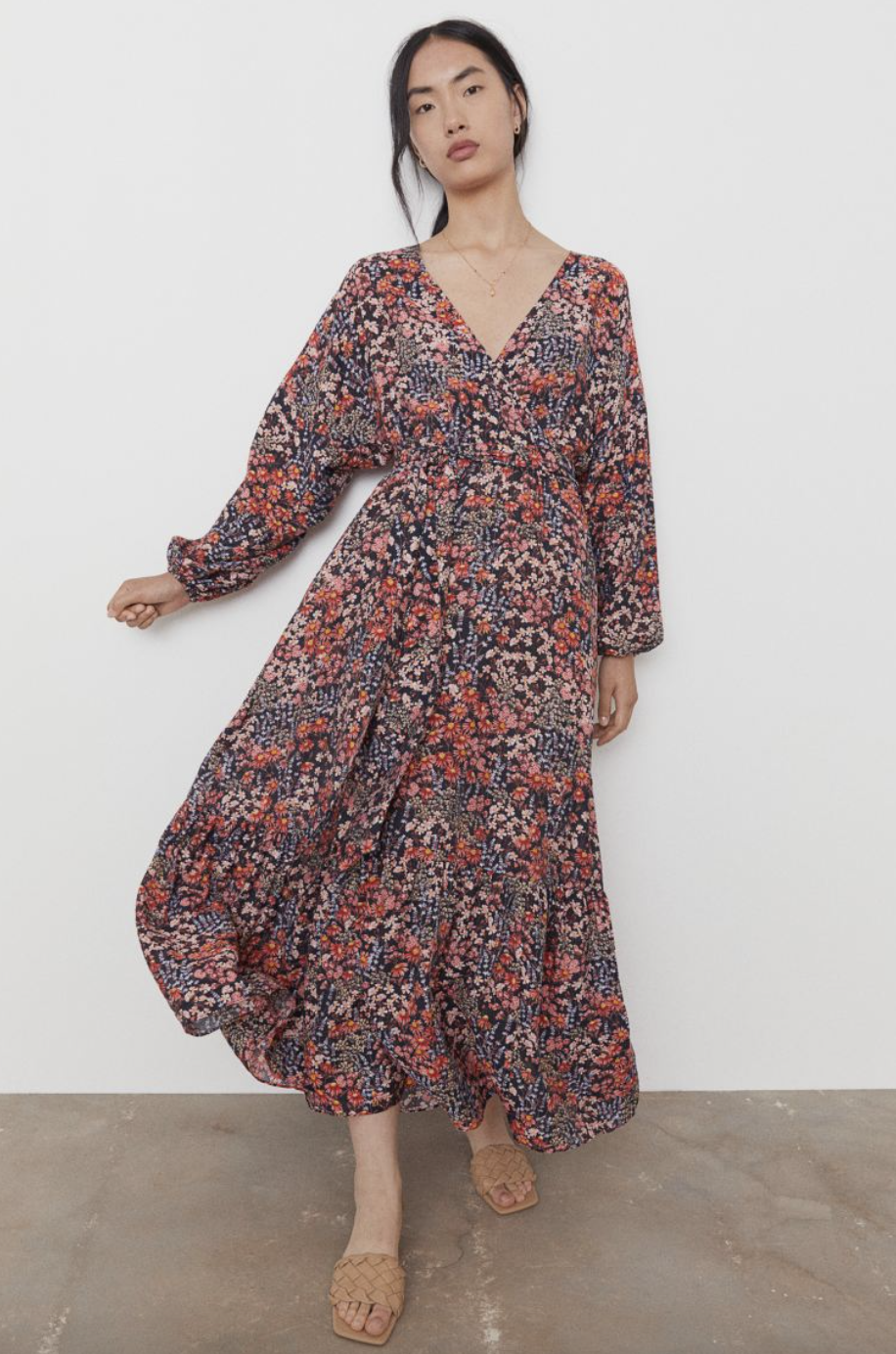Fall wedding guest dresses: H&M Long Wrap Dress in Dark Blue/Red Floral (Photo via H&M)