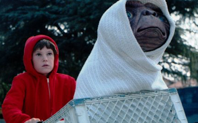 Elliott (Henry Thomas) and E.T. (Photo: Universal Pictures)