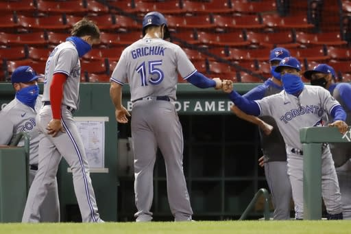 5 Blue Jays pitchers combine on 4-hitter, beat Red Sox 2-1