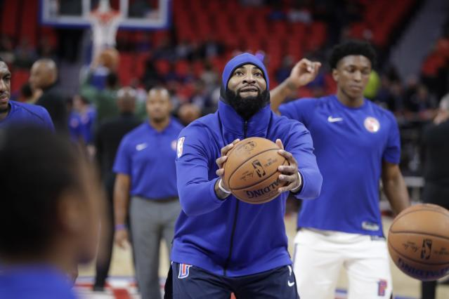 "<a class=""link rapid-noclick-resp"" href=""/nba/players/5015/"" data-ylk=""slk:Andre Drummond"">Andre Drummond</a> highlights this week's look at risers and fallers in fantasy hoops (AP)"